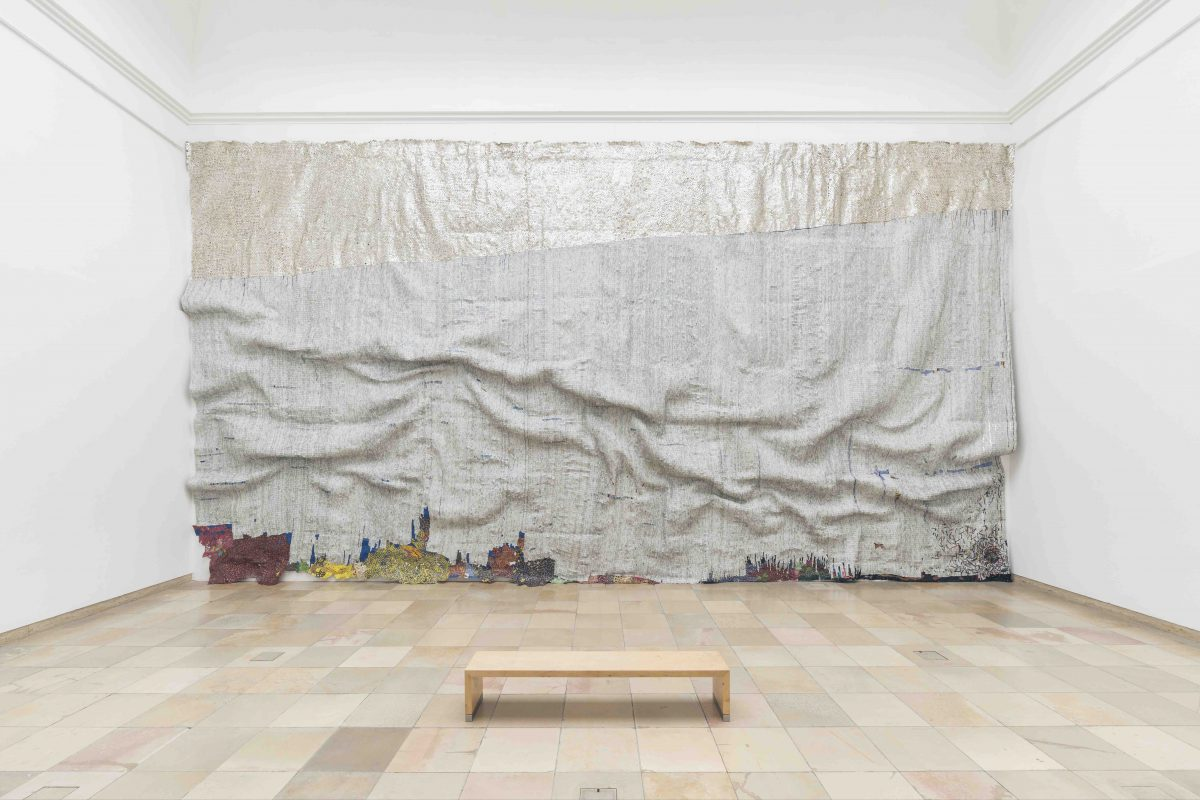 El Anatsui, Rising Sea (Installation view at Haus der Kunst, Munich), 2019