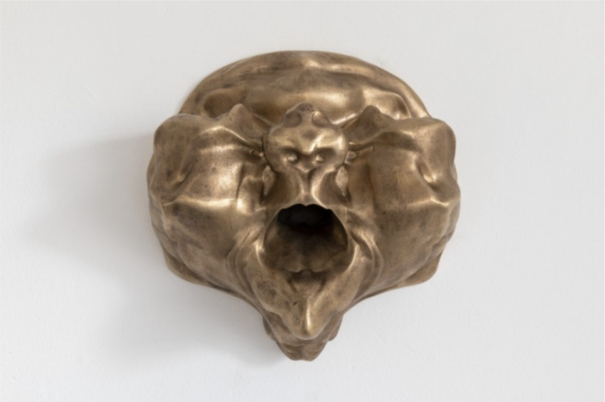 Marguerite Humeau, 35000 A.C. (Sphinx Death Mask), 2018
